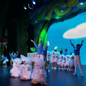 «Детский музыкальный театр «Задумка» совместно с Благотворительным фондом «Радость» реализуют проект «Дети, музыка, театр».