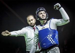 В решающем поединке в весовой категории до 80 килограммов армейский спортсмен нанес поражение представителю Азербайджана Миладу Бейги Харчегани – 17:9.