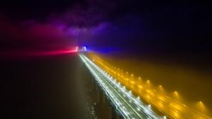 Подсветка будет работать после официального открытия железнодорожного движения по сооружению.