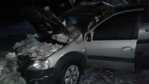 На трассе М-5 в Самарской области горел автомобиль Лада Ларгус