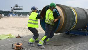 В Кремле заявили, что имеются все необходимые мощности, чтобы завершить прокладку трубопровода.