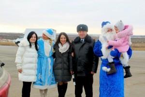 Полицейский Дед Мороз поздравил самарских автомобилистов с наступающим Новым годом