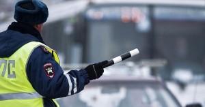 Нововведения позволят водителям предоставлять для проверки полис ОСАГО как на бумажном носителе, так и в виде электронного документа.