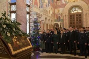Губернатор Дмитрий Азаров поздравил всех православных христиан Самарской области с Рождеством Христовым