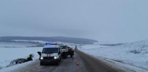 В Самарской области в ДТП с участием автомобиля ГАЗ погибла женщина, пострадали еще двое