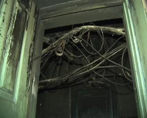 В Сызрани людям пришлось спасаться из малосемейки по пожарному шлангу