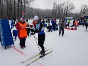На дистанции 5, 10, 15 км вышло более 250 спортсменов области.