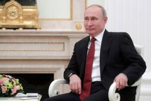 """Глава государства заявил, что российская прокуратура остаётся верна своей миссии """"отстаивать верховенство закона, интересы граждан и государства""""."""