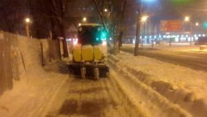 Сегодня ночью службы благоустройства Самары были мобилизованы на уборку снега