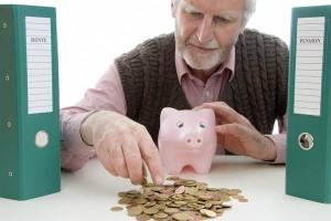 Собственные накопления не дадут комфортно жить в старости 72,8% россиян. Такие данные следуют из опроса Негосударственного пенсионного фонда (НПФ) Сбербанка.