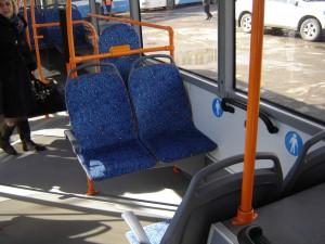 В Самаре водителей автобусов пытаются заставить открывать передние двери