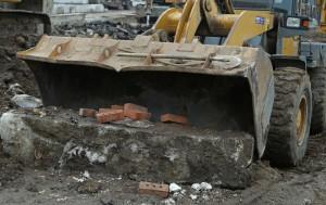 В Самаре убрали новый торговый павильон на пересечении Авроры и Аэродромной