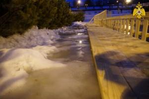 Выход на лед опасен, предупреждают самарцев