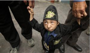 Самый маленький человек умер в Непале