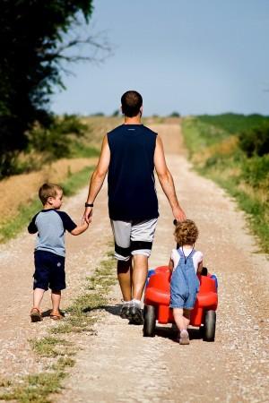 Реализация законопроекта может потребовать ориентировочно более 5,21 миллиарда рублей, исходя из численности многодетных отцов в РФ.