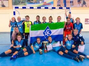 Подопечные Галины Комаровой не проиграв ни одного матча, набрали максимальное количество очков в квалификационном раунде и вышли из группы с первого места.