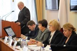 На обсуждение представлен доклад  Ольги Гальцовой «Соблюдение прав граждан, находящихся в психиатрических стационарах и психоневрологических интернатах Самарской области».