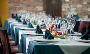 Самарский холдинг «Рестория» выиграл конкурс на оказание услуг по организации питания от аппарата губернатора и правительства Оренбургской области.