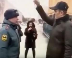 Игнатьева рассказала, что ее супруг давно знаком с сотрудником МЧС и специально решил над ним пошутить.