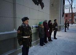 Около сотни учащихся школы №168 и кадетской школы №95 Самары вспомнили трагедию и героизм жителей блокадного Ленинграда в годы ВОВ.