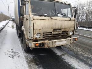 В Самаре автомобилистка врезалась в КАМАЗ