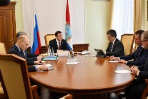 Дмитрий Азаров обсудил перспективы завода Тольяттикаучук с гендиректором ПАО Татнефть
