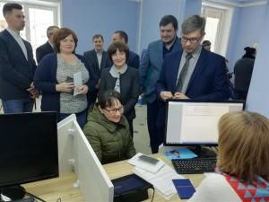 Делегация из Ульяновской области посетила в Тольятти первый в стране цифровой центр занятости населения