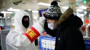 В Ростуризме говорили, что организованные туристы вернутся из Китая до 4 февраля.