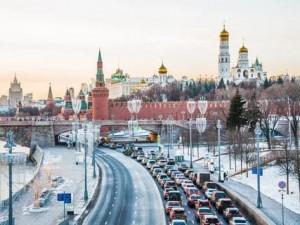 В ходе подготовки предложений к Госсовету отдельно будет рассматриваться вопрос повышения роли субъектов РФ в подготовке кадров для экономики и соцсферы.