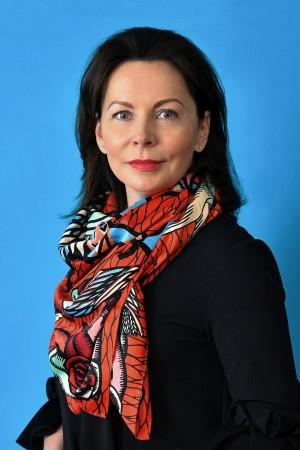 Екатерина Мельник прокомментировала Послание губернатора Дмитрия Азарова. В частности, она отметила важность цифровизации в борьбе с бюрократией.