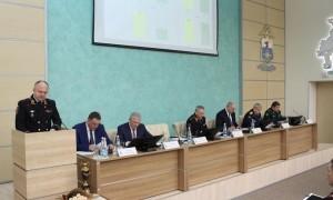 В ходе заседания были заслушаны доклады и награждены отличившиеся сотрудники УТ МВД России по ПФО.