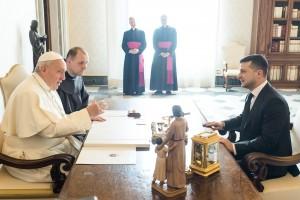 Соответствующее приглашение он сделал в ходе аудиенции в Ватикане.