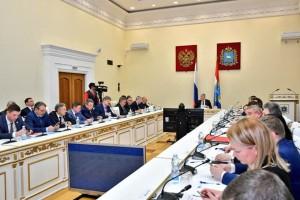 Обсуждались вопросы реализации национальных проектов, завершения строительства социальных объектов, дополнительные меры по улучшению инвестклимата в СО.