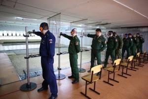 В составе 12 команд на турнире выступают около 60 офицеров из соединений и воинских частей, дислоцированных в Самарском гарнизоне.