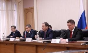 Стороны обсудили инвестиционное, торговое и промышленное сотрудничество регионов ПФО и Японии.