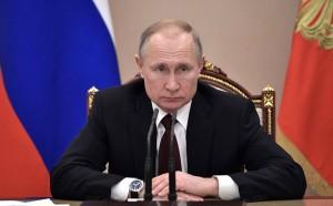 """Глава государства заявил о необходимости """"не формально, а по делу"""" реагировать на сообщения о нарушениях прав бизнесменов."""
