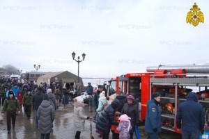 На набережной Самары в День защитника Отечества была развернута выставка МЧС