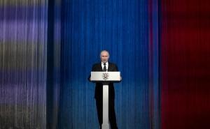 Глава государства заявил также, что при реализации национальных проектов точечных результатов недостаточно.