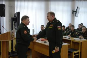 Торжественная церемония прошла в зале Военного совета 2-й армии с участием всего офицерского состава объединения.