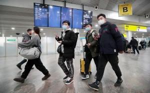 Рекомендации ведомства также касаются Южной Кореи. Ранее во всех трех странах резко выросло количество случаев заражения коронавирусом нового типа.