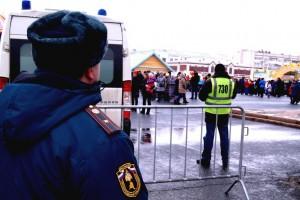 В составе механизированных постов дежурят пожарные и сотрудники надзорной деятельности в количестве 203 человек.