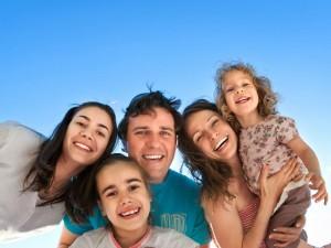С целью участия самарских семей в данном мероприятии, в городе проводится конкурсный отбор.