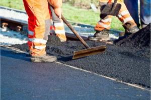 Строительство этой дороги обсуждалось на публичных слушаниях. Горожане одобрили проект.