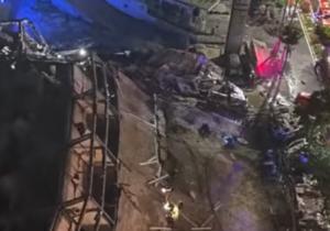 По предварительным данным, под завалами отеля могли оказаться около 70 человек.