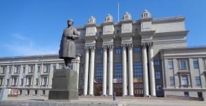 Фестиваль откроется 16 апреля премьерой оперы Джузеппе Верди «Бал-маскарад» в новой постановке лауреата «Золотой маски» Филиппа Разенкова.