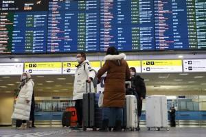 Со всеми пассажирами уже связались медики. Число заболевших пневмонией нового типа в РФ увеличилось до 34.