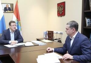 Губернатор Дмитрий Азаров провел встречу с главой Ставропольского района Владимиром Медведевым