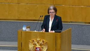 Валентина Терешкова предложила поправку в Конституцию о возможности выдвижения действующего главы государства в Президенты и на следующих выборах.