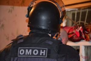 Задержание подозреваемых производилось совместно оперативниками из Перми и сотрудниками тольяттинского спецподразделения одновременно по нескольким адресам.