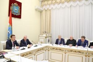 Дмитрий Азаров обратился ко всем жителям и общественным организациям с призывом внести свои предложения, на что потратить полученные деньги.